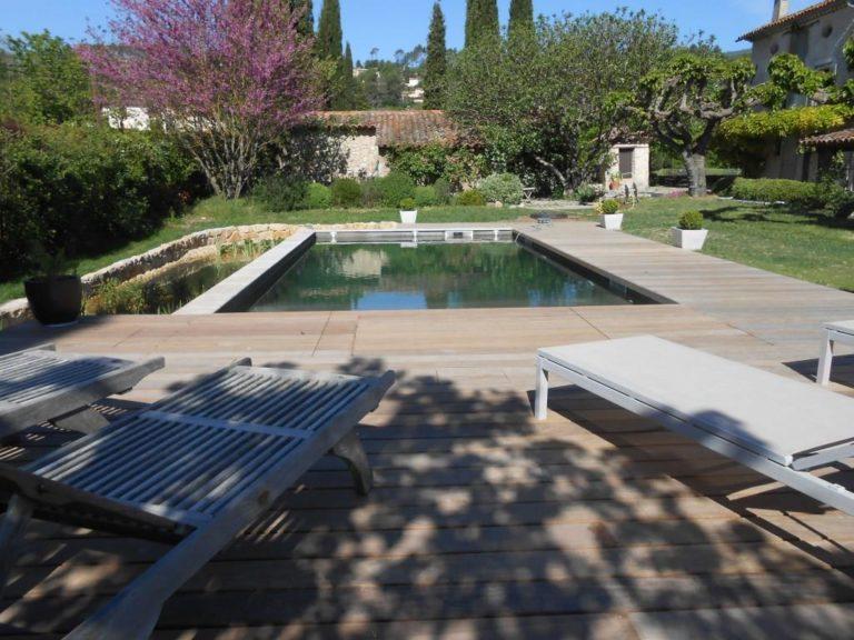 Dallage bois piscine